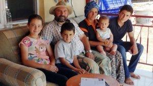 Emine Erdoğan'ın hediyesiyle mutlu olan Yörük kızı Emine