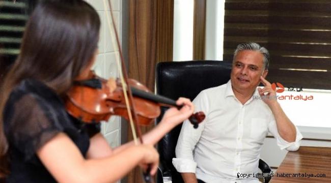 Genç Şampiyon, Başkan Uysal'ın konuğu
