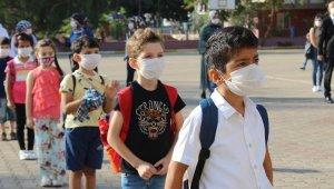 İlk ders zili çaldı, maskeli okul başladı