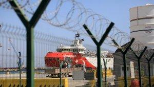 'Oruç Reis' Antalya Limanı'nda bakıma alındı !