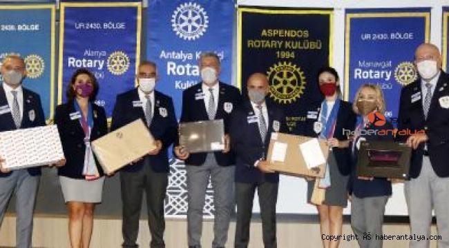 Rotaryenlerden şehit ve gazi çocuklarına burs ve bilgisayar