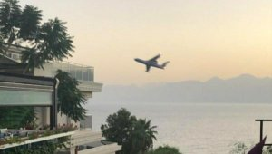 Rus pilot, Antalya kuleyi yanlış anlamış