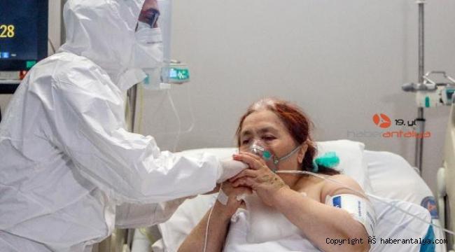 Testi negatife dönen hasta, doktoruna bakın nasıl teşekkür etti ?