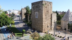 Antalya'da camilerden korona virüs uyarısı !