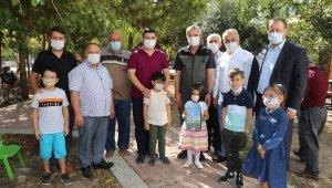 '1 iyilik 1 fidan' kampanyasına harçlıklarını bağışladılar