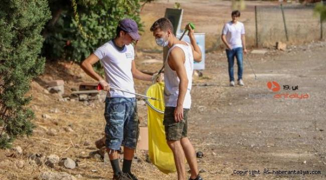 Antalya'nın 'çöp gönüllüleri'