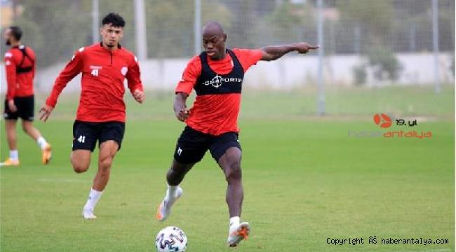 Antalyaspor'da hedef ilk deplasman galibiyeti