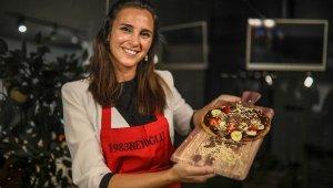 Çikolata pizza üretti