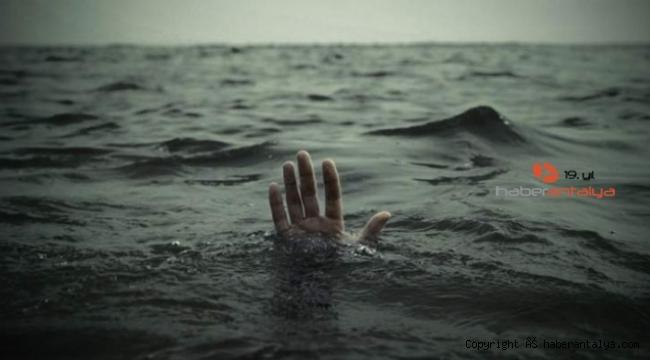 Denize girdi, cesedi 150 metre açıkta bulundu