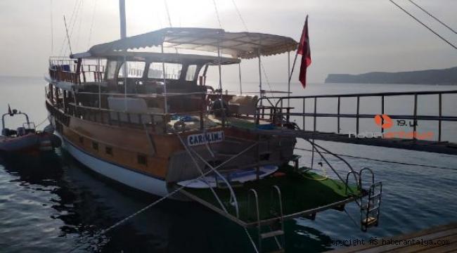 Gece teknede eğlendi, sabah ölü bulundu !