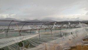 Kumluca'da şiddetli yağış, dolu ve fırtına !