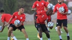 Ligde en agrasif takım Antalyaspor
