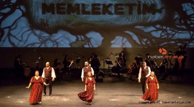 Operada 'Memleketim' havası