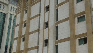 Son dakika ! Antalya Adliye binasında intihar girişimi