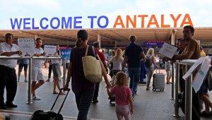 14 milyon ziyaretçinin 3 milyon 99 bini Antalya'ya geldi