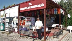 3 dil bilen muhtar 40 millete hizmet ediyor
