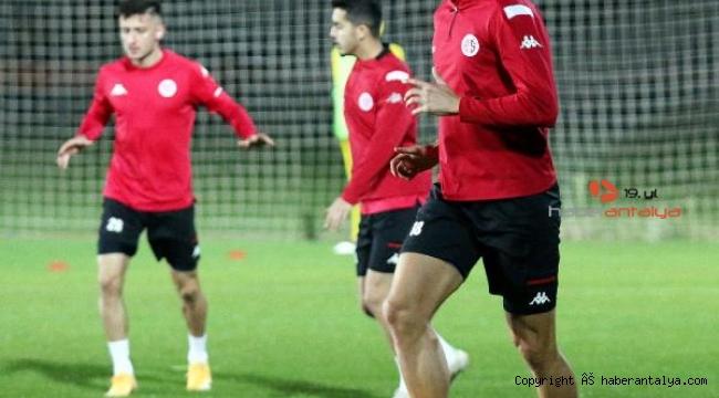 Antalya'da derbi heyecanı