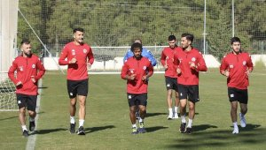 Antalyaspor galibiyet hasretine son vermek istiyor