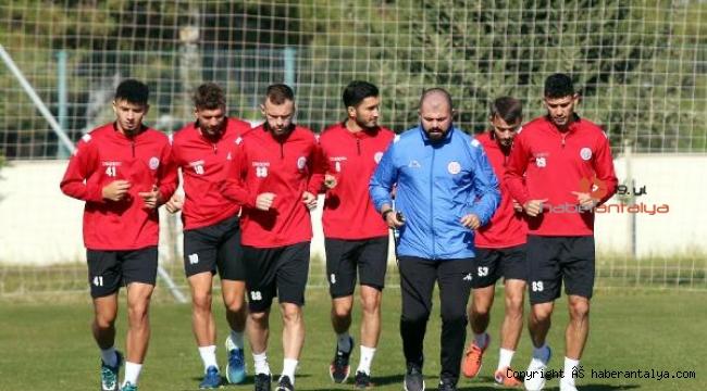 Antalyaspor kupada moral arıyor