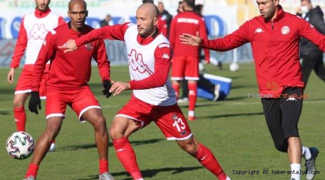 Antalyaspor'da galibiyet özlemi 7 maça çıktı