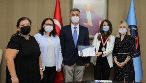 Rektör Özkan'dan buluşlara imza atan öğretim üyelerine tebrik