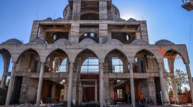Tütüncü: Konyalılar Camii, zamana vurduğumuz bir mühür olacak