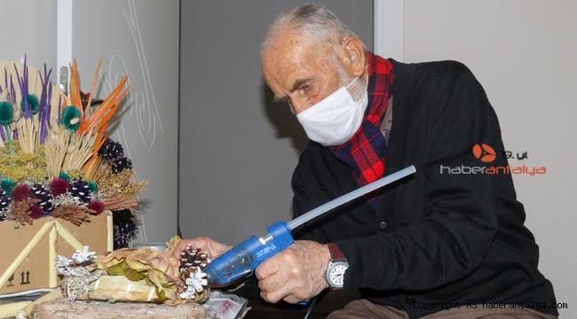 88'lik Mehmet Dede yaptıklarıyla hayran bırakıyor