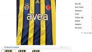 'Alex' imzalı Fenerbahçe forması ne kadara satışa çıktı ?