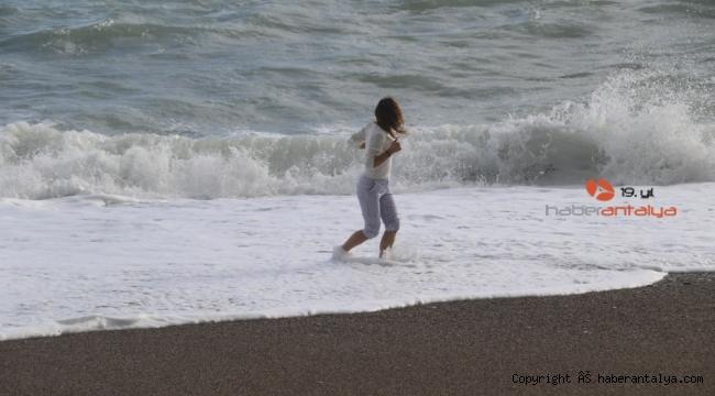 Antalya'da bir günde iki mevsimle deniz keyfi