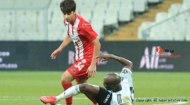 Antalyaspor 2 oyuncusunu kiraladı