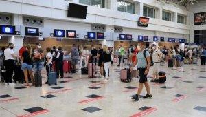 Antalya'yı havayolunu kullanarak gören kişi saysı bakın kaç ?
