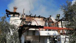 Evleri yanan ailelere belediye desteği