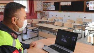 Jandarmadan çevrimiçi güvenli internet eğitimi