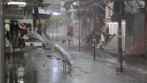 Önümüzdeki günlerde hava nasıl olacak ? Antalya'yı etkisi altına alıyor