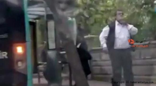 Patenli genç, otobüs şoförünün geldiğini görünce kaçtı. Efsane fotoğraf gerçek oldu