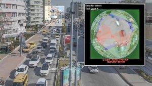 Yoğun trafiğe 'akıllı sinyalizasyon'la çözüm. 871 bin litre yakıt tasarrufu !