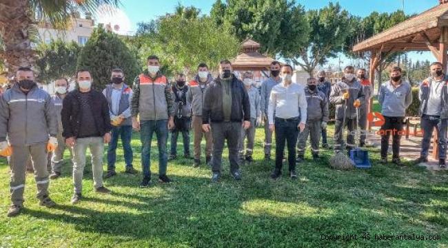 Belediye çalışanlarına covid-19 eğitimi