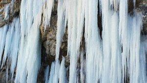 Devasa buz kütleleri oluştu. Burası Alanya !