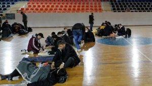 175 düzensiz göçmeni yurt dışına kaçırmaya çalışırken yakalanan 11 kişi tutuklandı