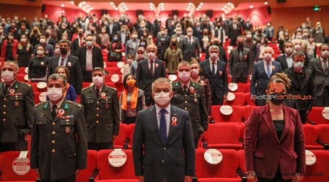 Atatürk'ün Antalya'ya gelişi törenle kutlandı