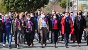 İYİ Parti:, 'Açıklamayı kadınlar adına yapmalıydınız, CHP adına değil'
