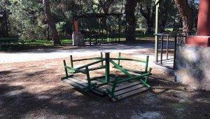Kaş'ta bir park tahrip edildi