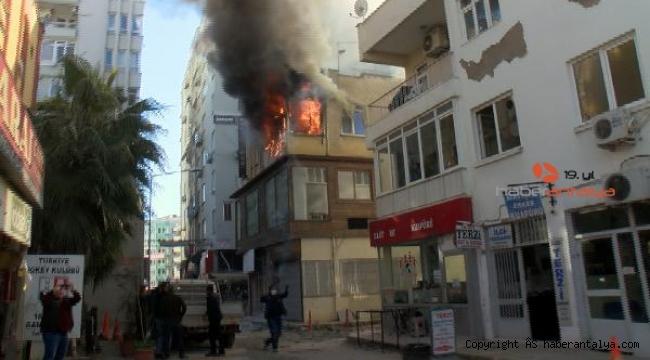Öğretmenin dairesi, alev alev yandı