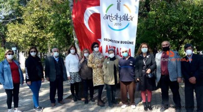 Antalya Dostları'ndan dua ve pişi ikramı