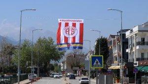 Antalyaspor'dan bayrak çağrısı !