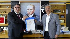 Başkan Uysal'dan esnafa tam kapanma mesajı