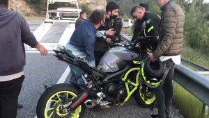 Kontrolden çıkan yarış motosikleti öldürdü