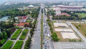 Antalya'da 'tam kapanma' denetimi; kilometrelerce araç kuyruğu oluştu !