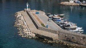 Antalya'nın simgelerinden tarihi mendirek tehlike altında