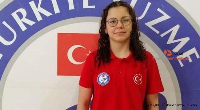Antalyaspor'u gururlandırdın kadın
